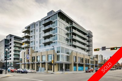 Sunnyside Condo for sale:  2 bedroom 895 sq.ft. (Listed 2016-10-18)